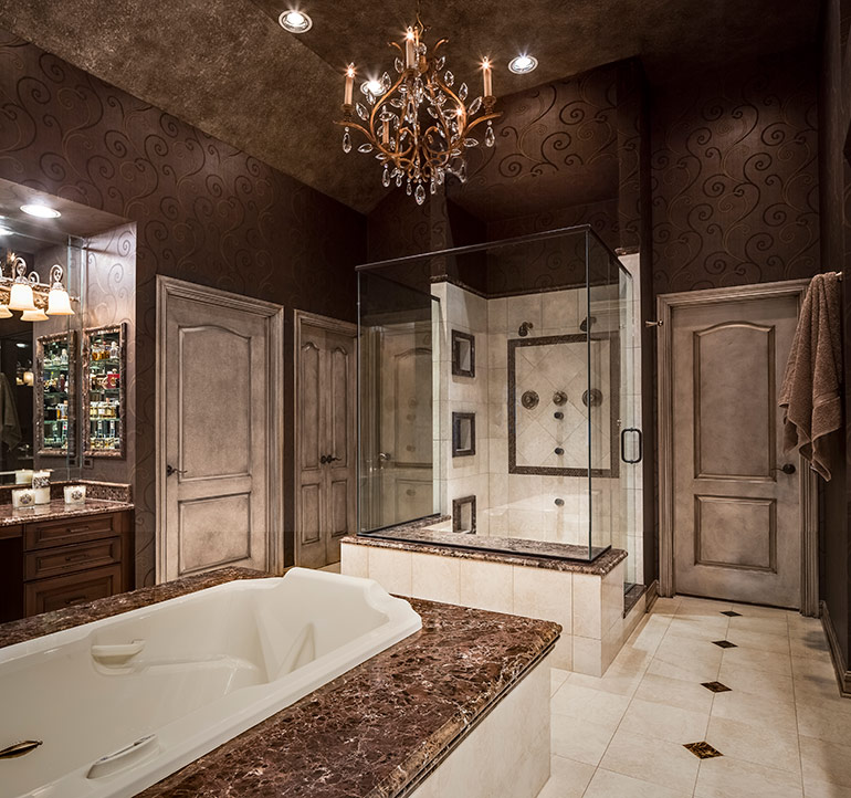 Master bath interior design in kansas city design for Beautiful master bedrooms and bathrooms