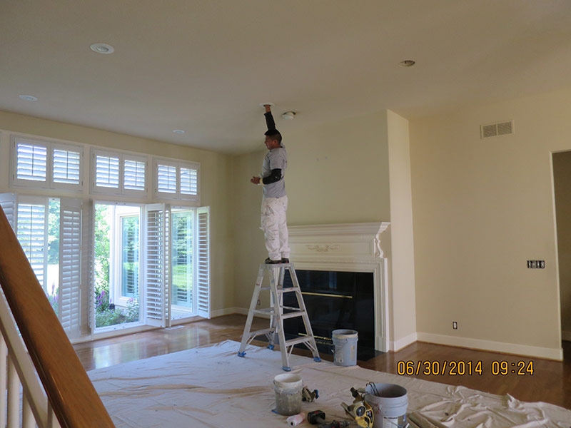 Traditional Living Room in Leawood, KS - Before