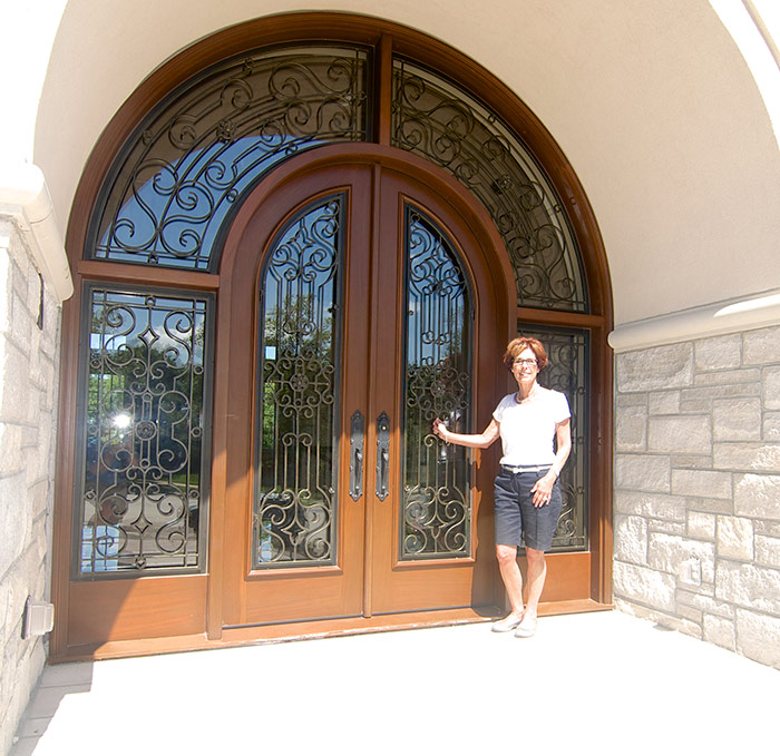 Whole House Grand Entry Exterior in Shoal Creek, MO