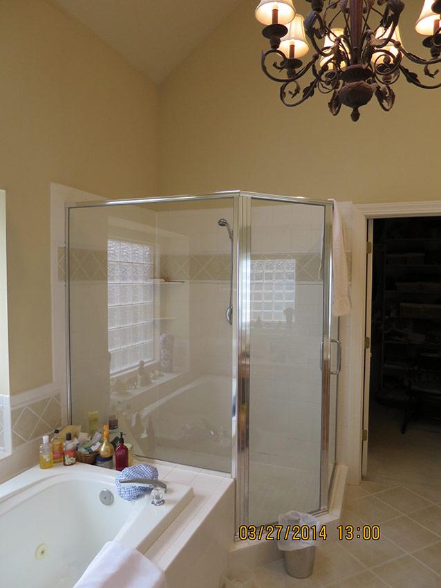 Leawood Master Bathroom Remodel - Before